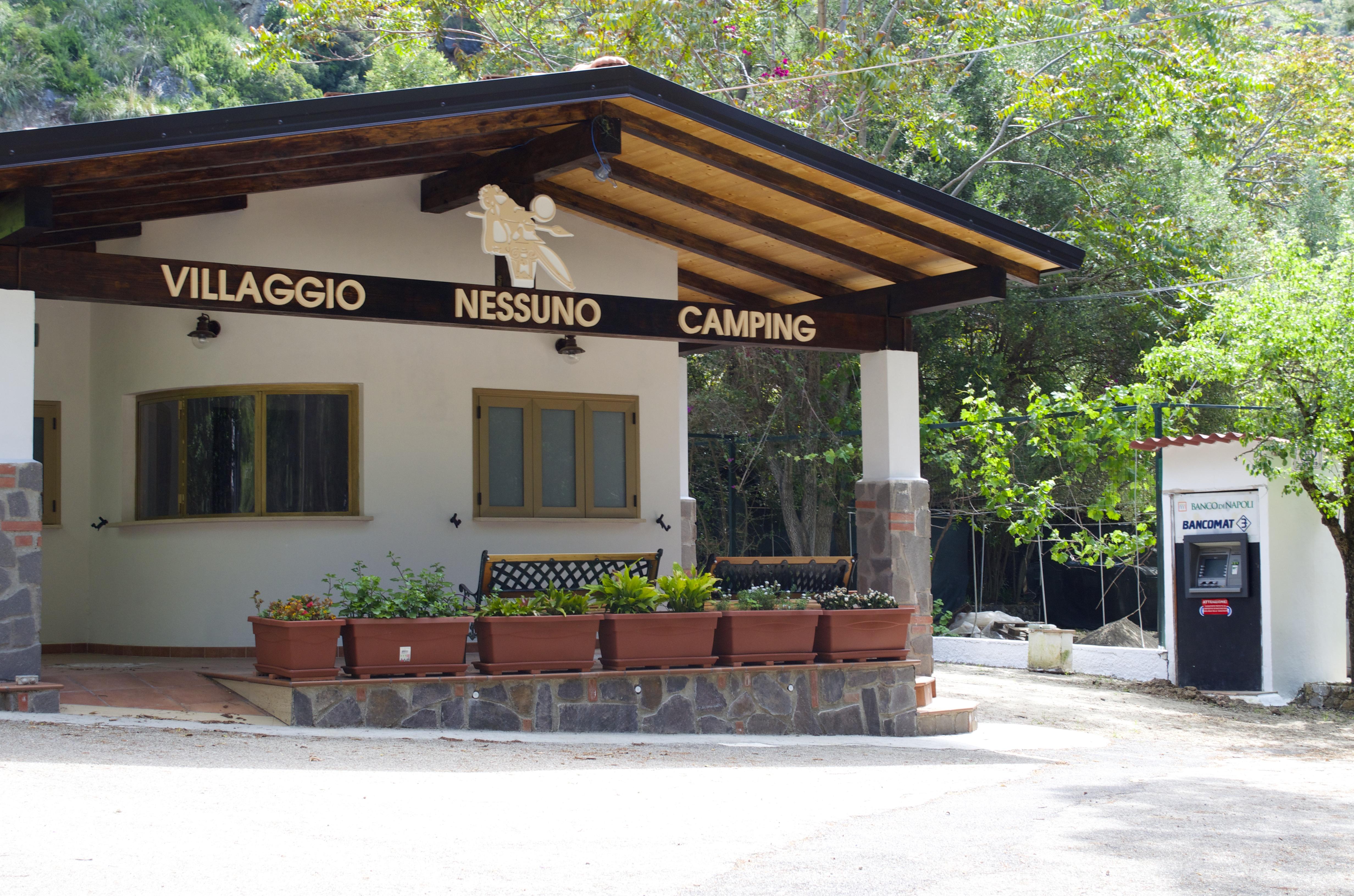 Villagio Nessuno